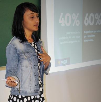 Diliane Gomes Silva apresentou sua pesquisa sobre jornalismo periférico, orientado pela Prof. Cláudia Nonato
