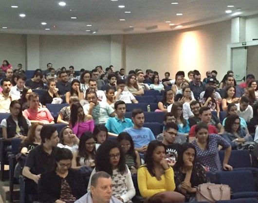 Alunos do FIAM-FAAM fizeram perguntas e participaram do debate com os convidados.