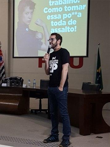 Pedro Prochno trouxe muitas informações sobre a carreira de RP com bom humor. Foto: Marcelo Salgado