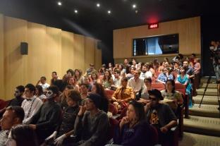 O público lotou o auditório do prédio Ana Rosa